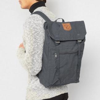 Рюкзак Kanken Foldsack No 1 Dusk на человеке